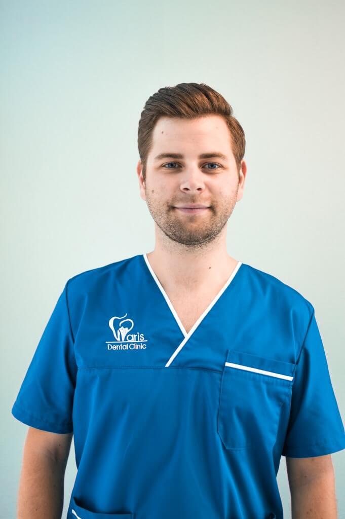 Paris Dental Clinic - Dr. Paul Pescaru - Parodontologie